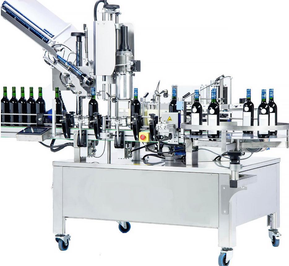 Vollautomatisch Flaschen & Gläser etikettieren