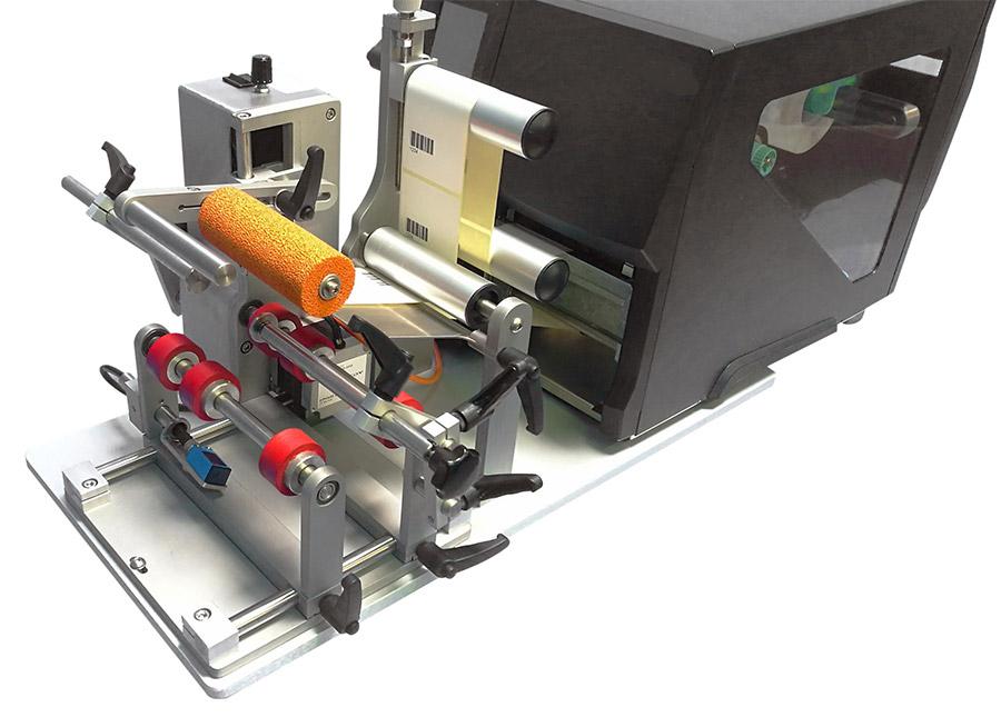 Etikettendrucker mit Etiketten-Applikator GA120